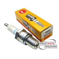 spark plug NGK BR10ES
