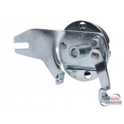 Rear spoke wheel brake anchor plate for Puch Maxi S