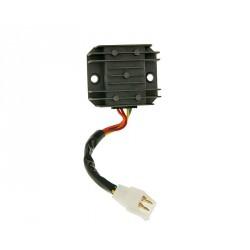 Regler / regulator napona 4-pin sa kablom za GY6 50-150cc